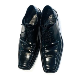 Kenneth Cole Black Leather Laced Dress Shoe 10.5W